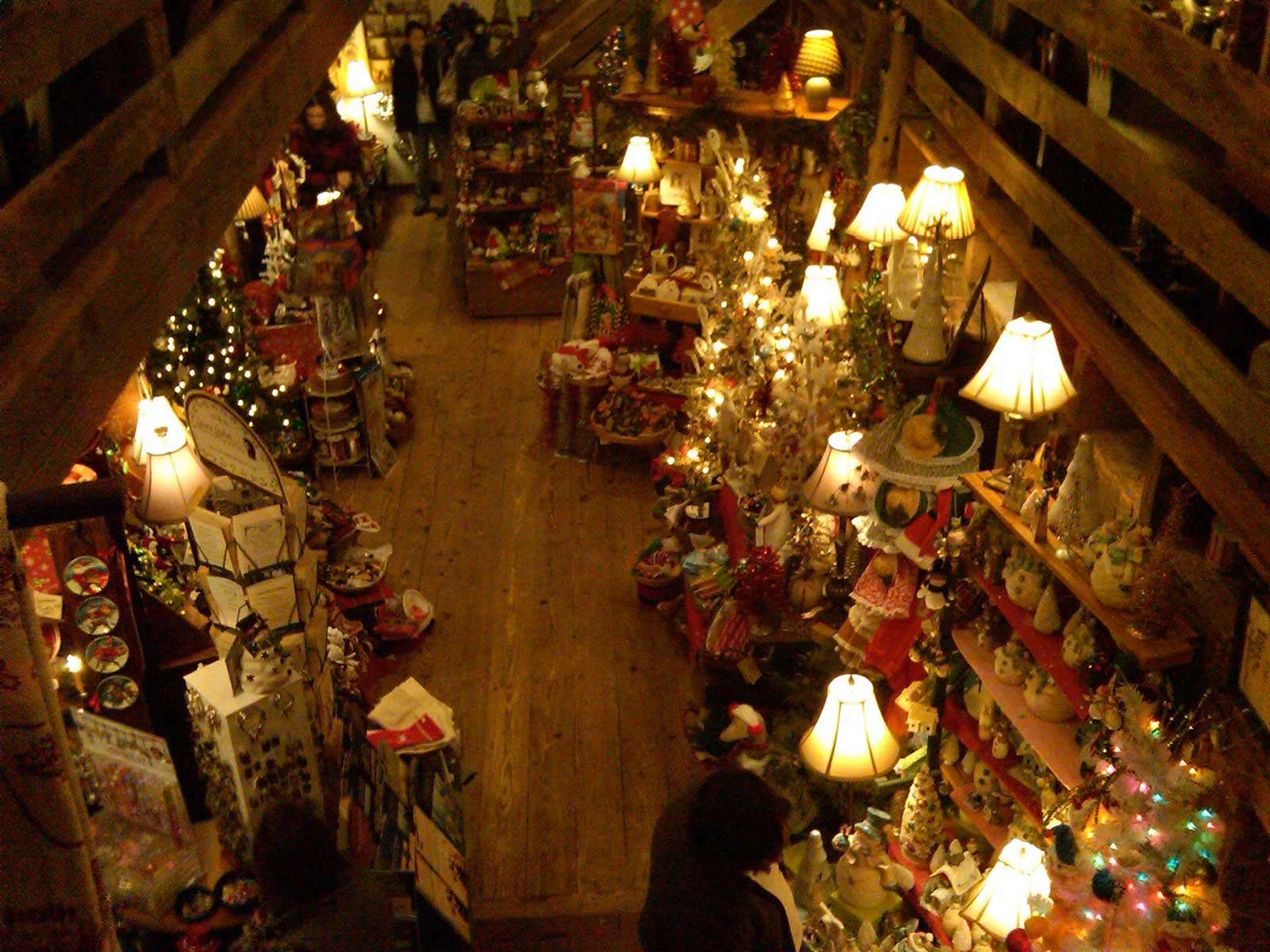 Morgan House in Dublin Ohio at Christmas
