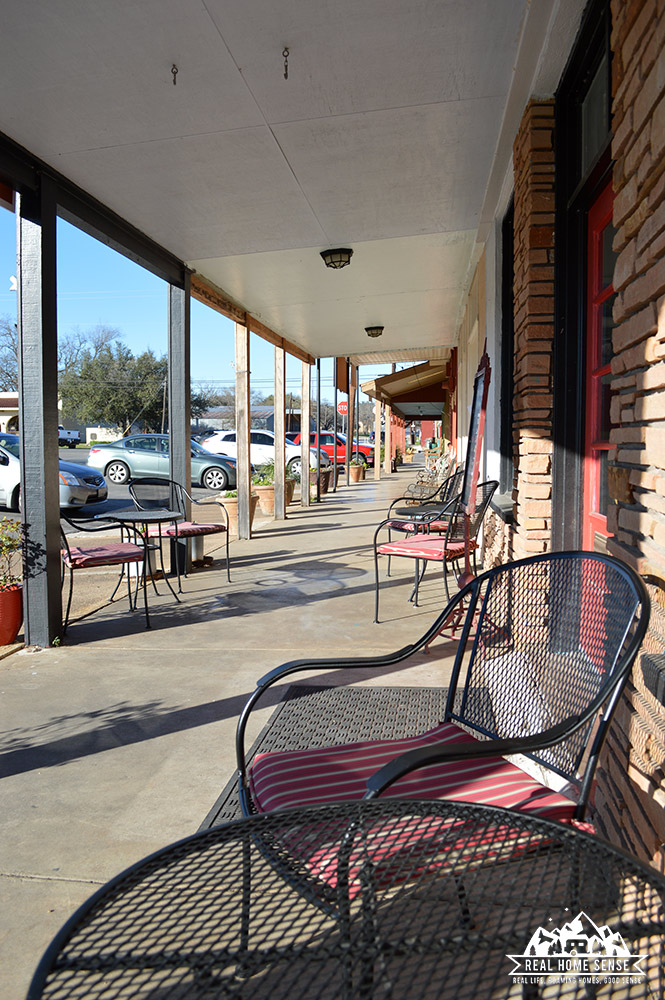 Seating outside the Bean & Biscuit Coffee House